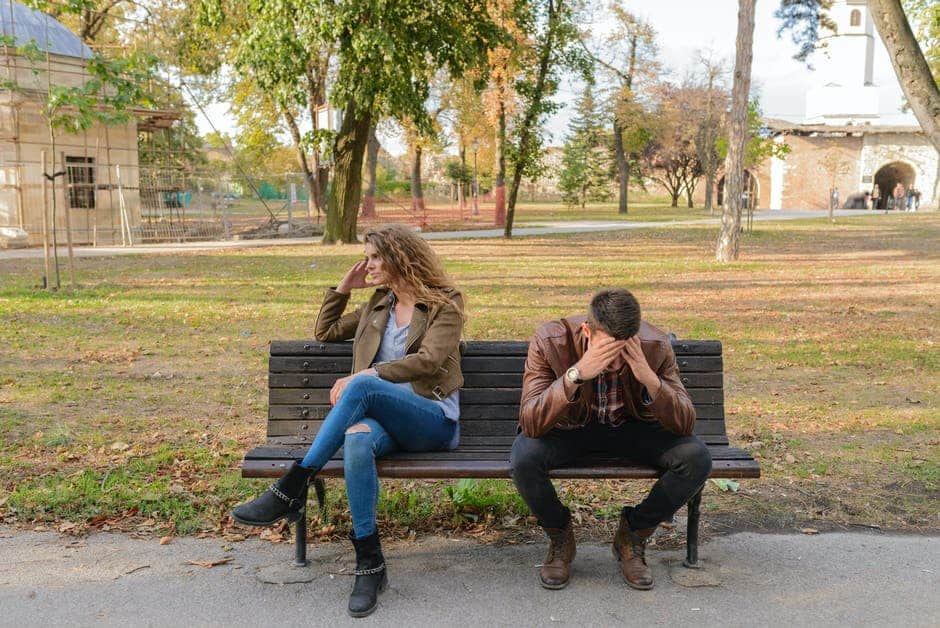 relationship anxiety signs